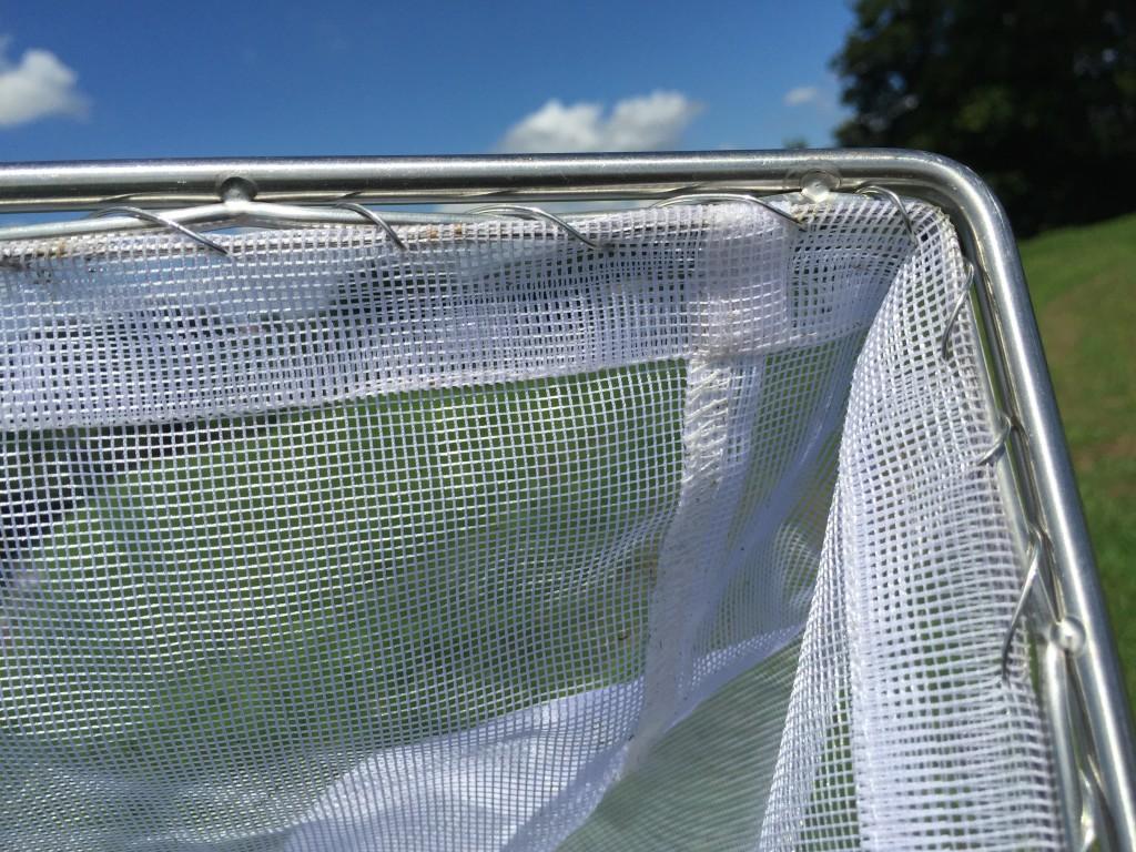 網の擦り切れ防止